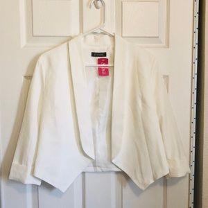 NWT White Cropped Blazer